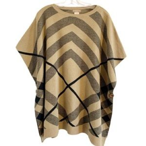 DO EVERYTHING IN LOVE Plaid Knit Kaftan Sweater